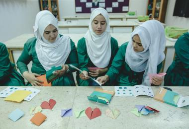 Origami Workshop facilitated by Waragami World at the Ramlah Bint Abi Sufan Elementary School for Girls, Zarqa - Mobile MakerSpace 2017. Photo: Hareth Tabbalat